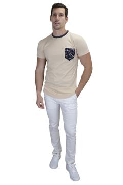 Ρουχα Εργασιας, φορμες εργασιας, στολες  της Ανδρικό t-shirt με φλοράλ τσέπη και διχρωμία στο γιακά (ΚΩΔ: NEW003BH)